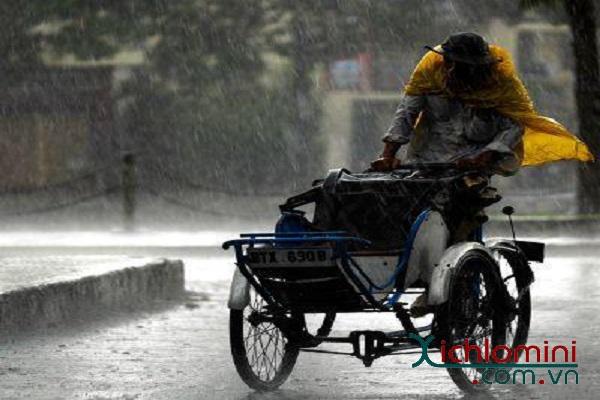 Chuyện người đàn ông đạp xích lô nghèo vào chân tình người Sài Gòn-1